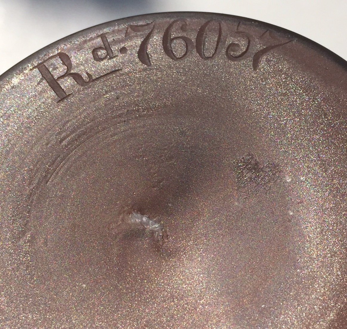 English Registry number engraved on Octopus vase